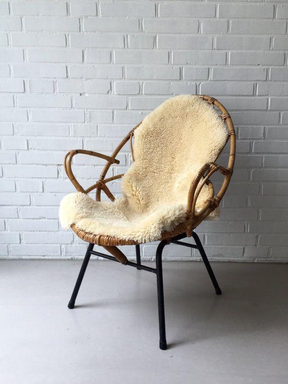 Raritat Loungesessel Aus Rattan Mit Stahlrohrbeinen Ein Absolutes Lieblingsstuck Mit Toller Formensprache Und Komfort Der S Korbstuhle Lounge Sessel Stuhle