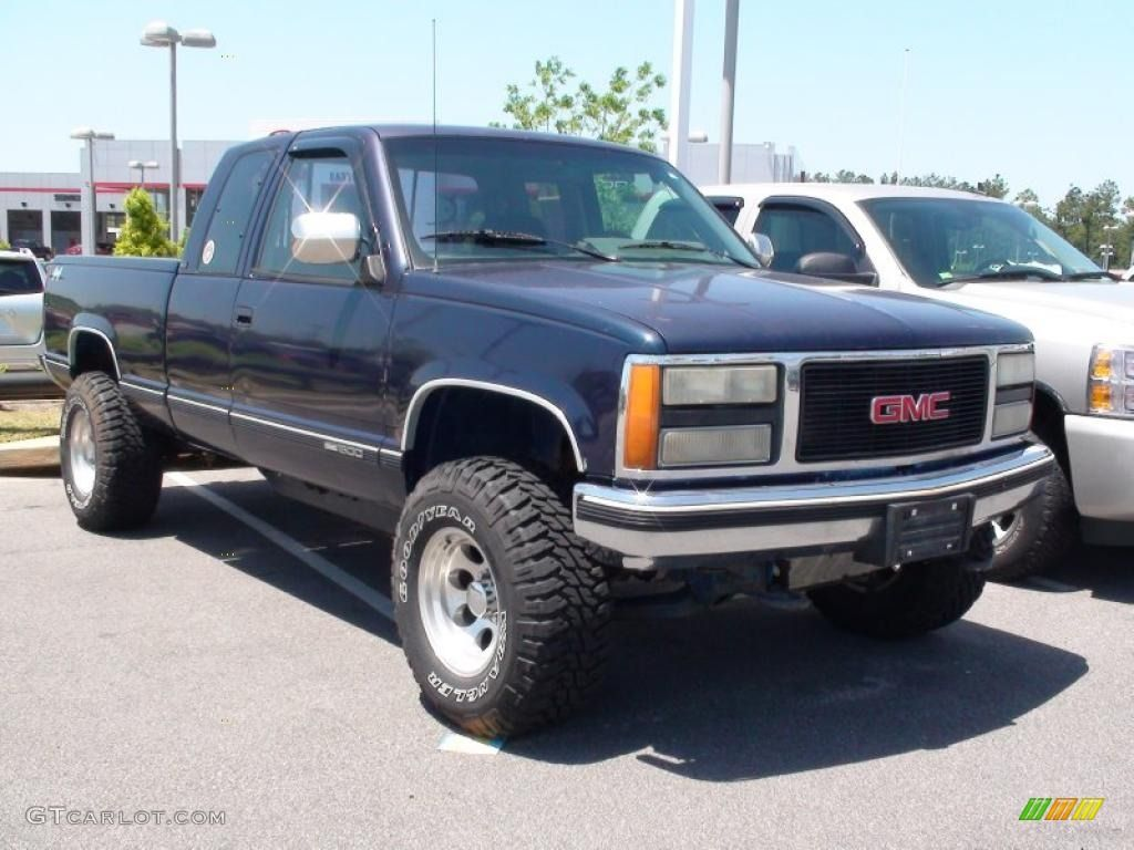 Indigo blue metallic gmc sierra 1500