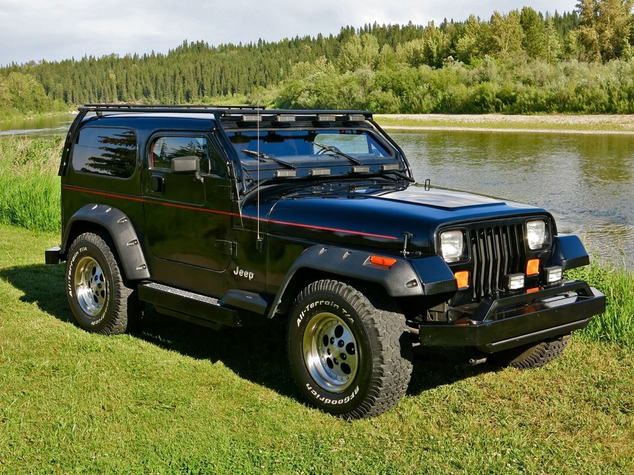 Car Brand Auctioned Jeep Wrangler Chopped Roof 1992 Car Model Jeep