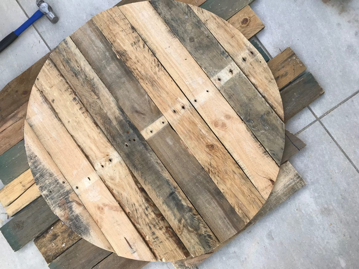 Diy Round Pallet Coffee Table With Hairpin Legs Pallet Coffee Table Diy Round Coffee Table Diy Round Wood Coffee Table [ 878 x 1170 Pixel ]