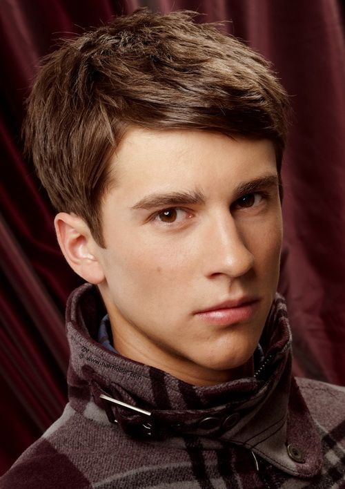 Nice Young Men Office Hairstyle With Style And Swept Bang.