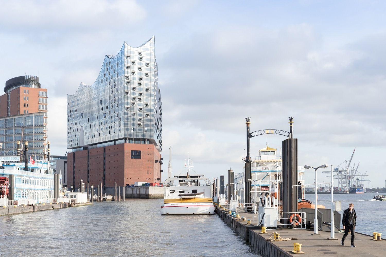 Gallery Of Why Herzog De Meuron S Hamburg Elbphilharmonie Is Worth Its 900 Million Price Tag 7 In 2020 Elbphilharmonie Hamburg Elbphilharmonie Concert Hall Hamburg