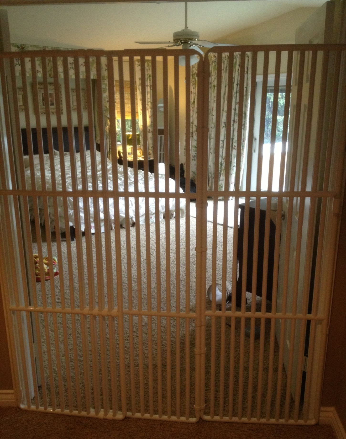 Pet Gate With Cat Door For Dogs Cat Doors Pens Step Pinterest