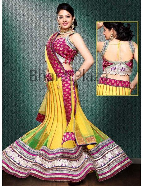 Bridal lehenga online shopping Auspicious Kalidar Lehenga Choli. http://www.bharatplaza.com/womens-wear/lehengas.html