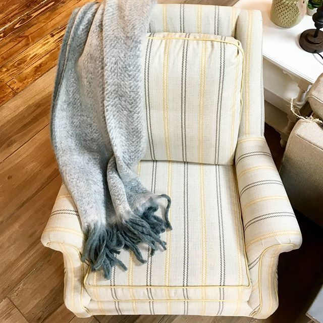 Grab the popcorn and your favorite throw because it's time to get comfy in our new grey and yellow stripe chair by Craftmaster. ••••••••••••••••••••••••••••••••••••••••••••••••••••• #cfhome #gardnervillage #homesweethome #mystyle #myhome #newpossibilities #designlocal #interiordesign #interior_design #interiors #interiordesign #utahstyleanddesign #utahgram #utahliving #inspire_me_home_decor #hgtv #hgtvhome #fixerupper #fixerupperstyle #fixerupperinspired #myhomebeautiful #designlocal #modernpatt