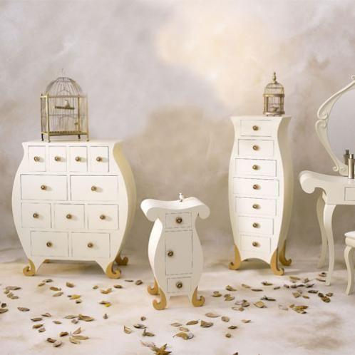 commode de rangement pour une chambre de jeune fille. Black Bedroom Furniture Sets. Home Design Ideas