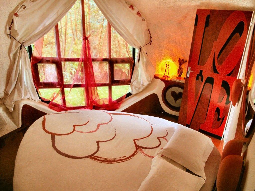 Love Room Museumotel - Unusual Hotels