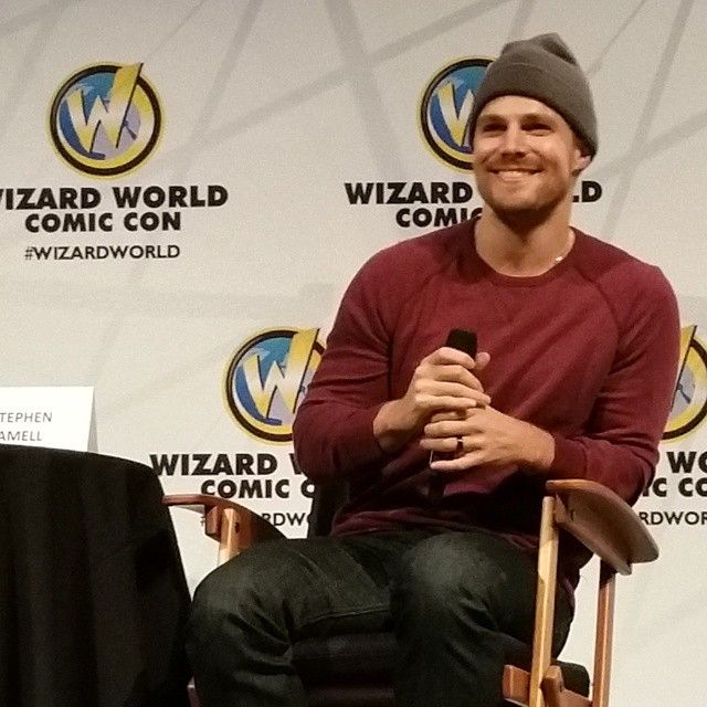 Such a handsome and nice guy. #wizardworld #stephenamell