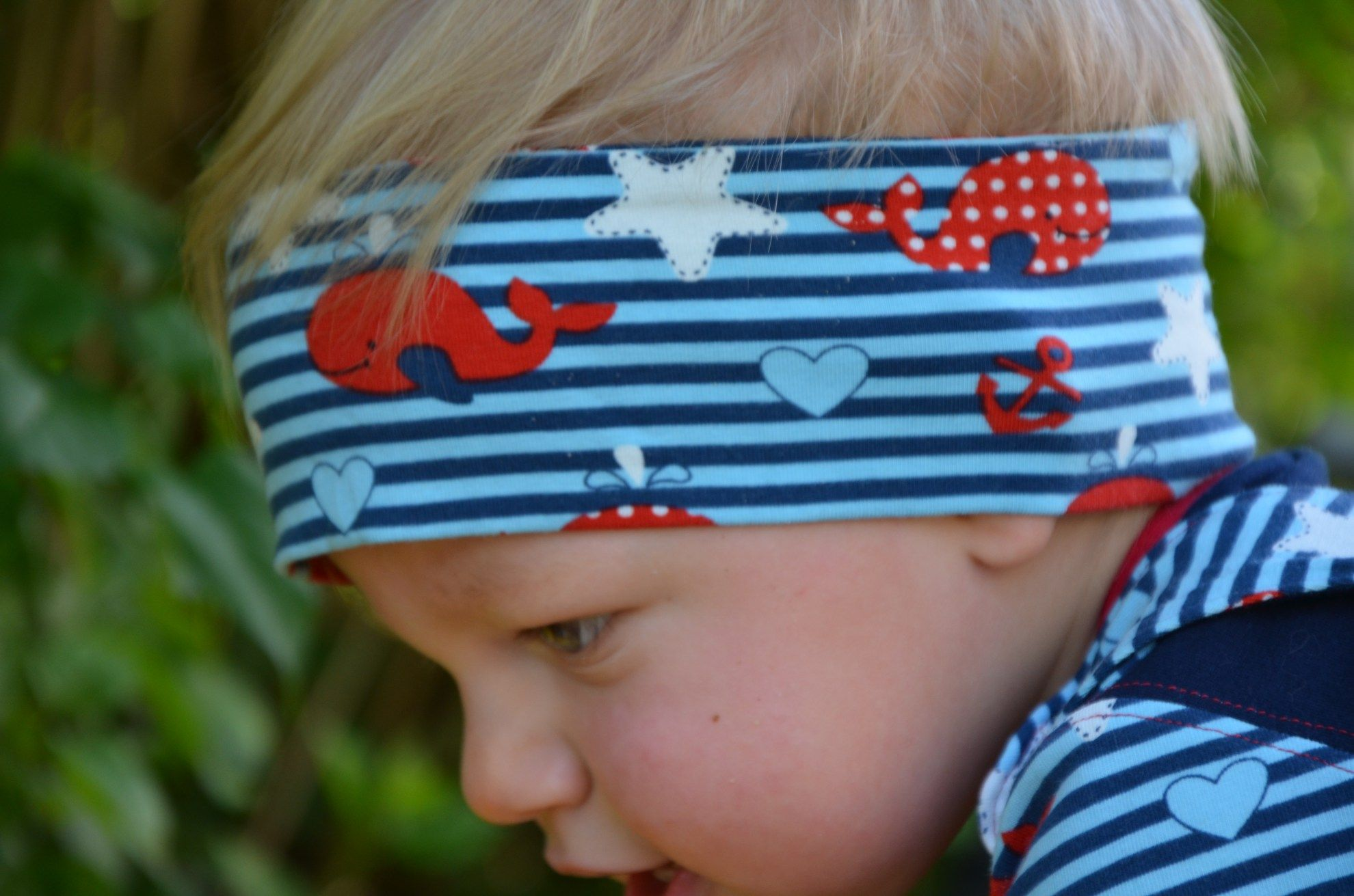09e968c01828a1 Tutorial: Einfaches Stirnband für Kinder und Erwachsene nähen ...