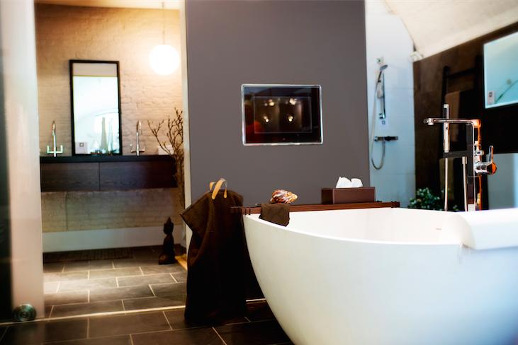 Design Badkamer Showroom : Design bathroom in the showroom of bad arsenaal bathroom bath