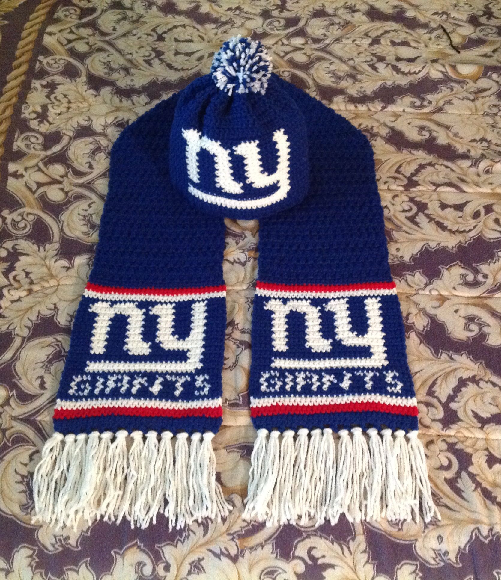 ea8d6dd0e2b New York Giants crochet hat and scarf