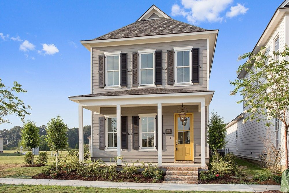The Montclair Is A Two Story Home Designed By Level Homes In Zachary La