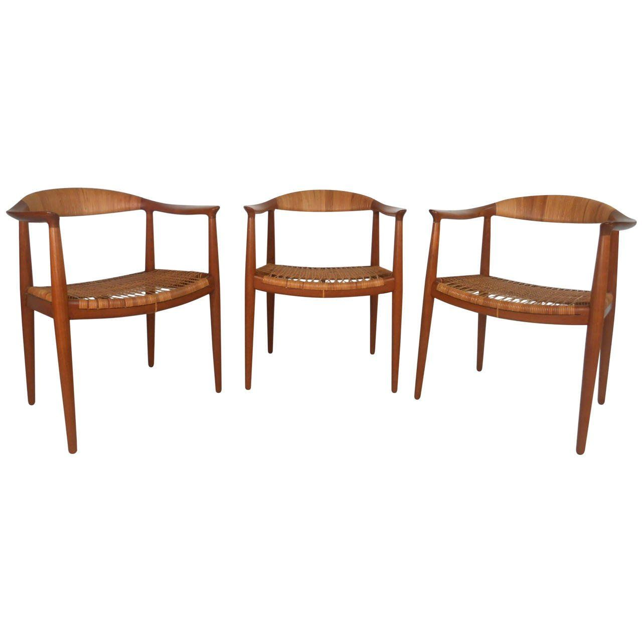 Mid Century Modern Matching Set Of The Round Chair By Hans J