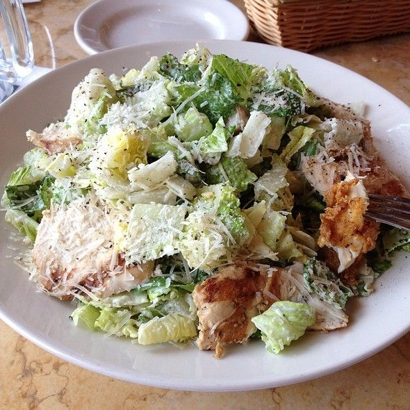 Stay Away From These 9 Restaurant Salads Food Salad Chicken