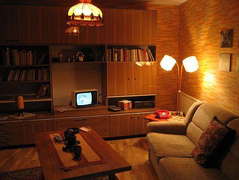 typical GDR apartment   Berlin apartment, Retro interior ...