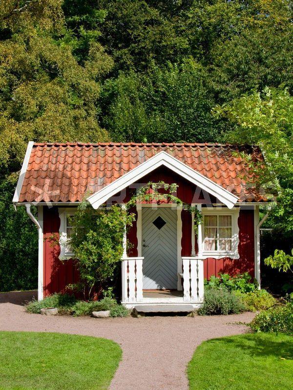 Stuga scandinavian peasant house now country homes hnliche tolle projekte und ideen wie im - Skandinavisches gartenhaus ...