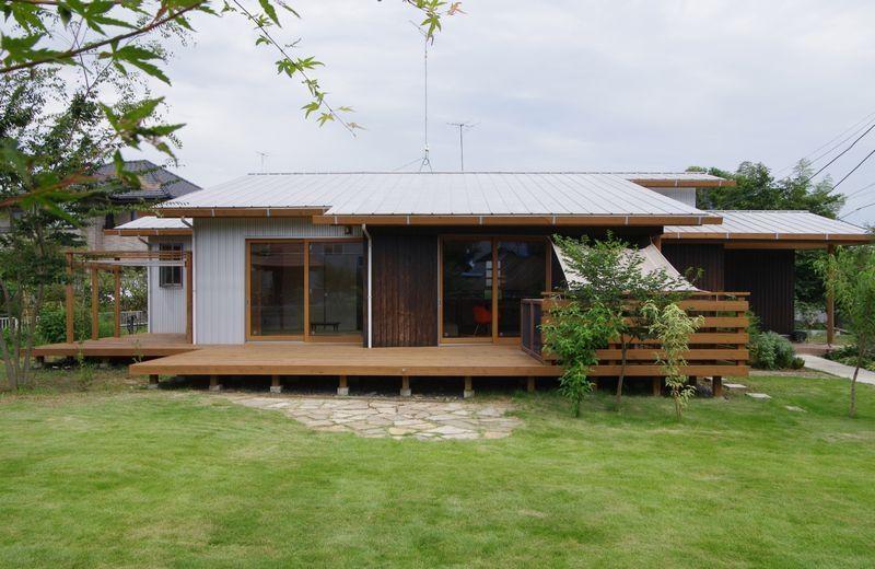つくば 守谷 下妻でomソーラー 自然素材の家を建てるなら株式会社柴木材店 禅の家 おしゃれな 平屋 平屋外観