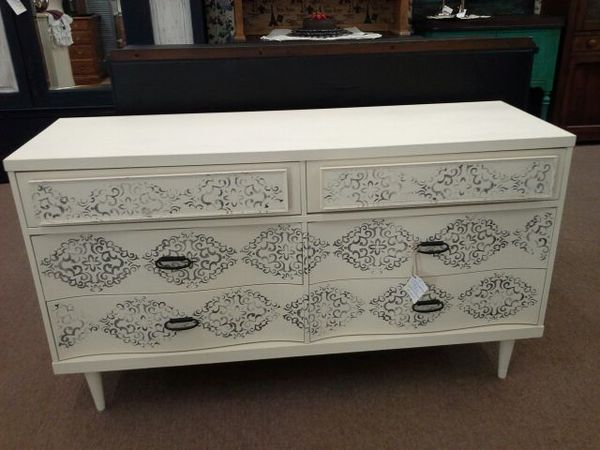 Bassett 6 Drawer Dresser For Sale In Mesa Az Dressers For Sale 6 Drawer Dresser Furniture Companies