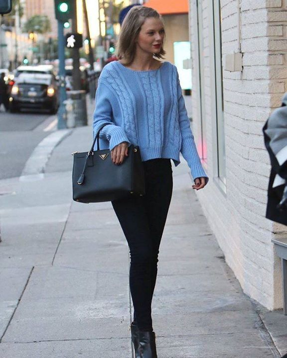 Sharing a new gram // Taylor Swift in LA yesterday - she went to a nail salon with Gigi Hadid! #taylorswiftupdates - - - #taylorswift #taylor #swift #swifties #swiftie#1989#shakeitoff#1989worldtour#the1989worldtour @taylorswift @taylornation by official.taylor.swift