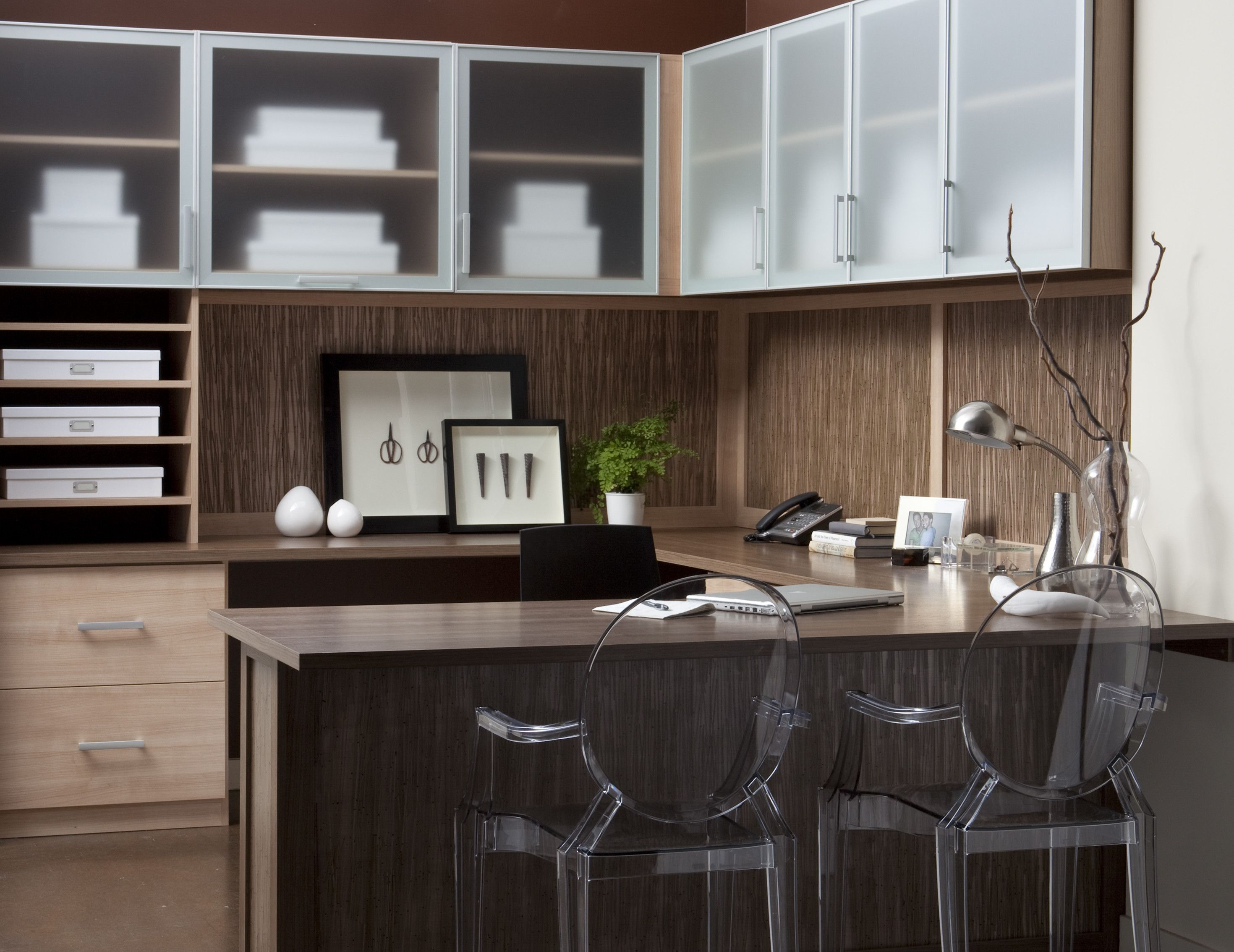 office closet design. A Custom Designed Home Office Maximizes Efficiency And Work Area. Let California Closets Design That Is Both Functional Stylish. Closet O