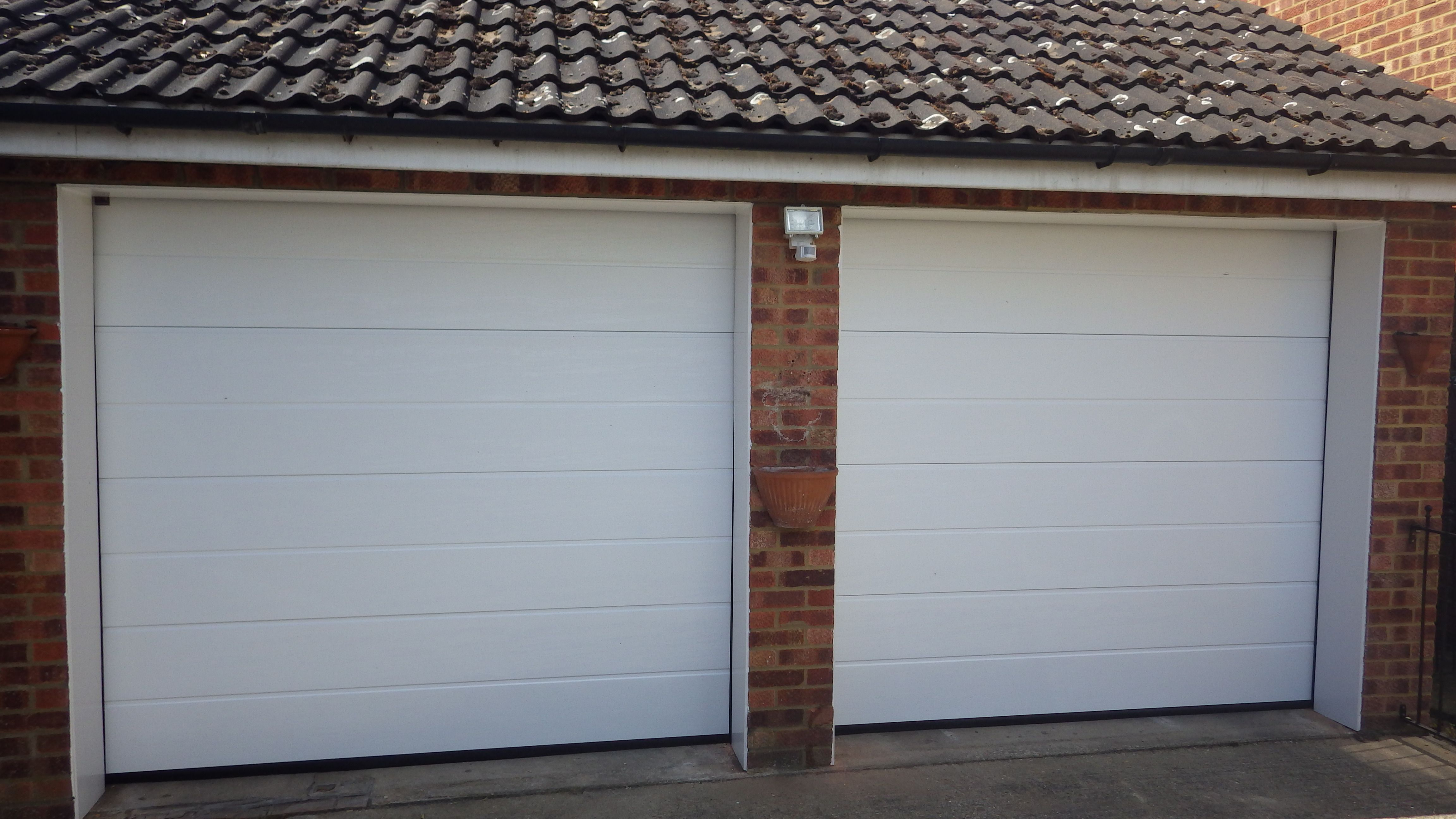 Hormann sectional lte40 door m ribbed white woodgrain garage hormann sectional lte40 door m ribbed white woodgrain garage door rubansaba
