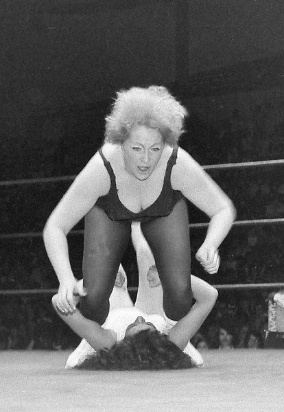 mature women wrestling