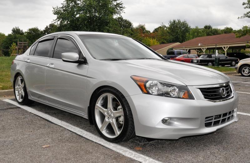 New 19 inch Moda R6's on 08' Sedan Drive Accord Honda