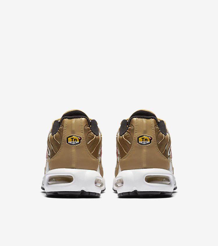 100% authentic d3da3 6c4e8 Nike Air Max Plus QS TN Metallic Gold 887092 700 2017 OG Size 10-13 White  Red