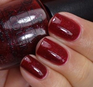 OPI Mariah Carey Holiday Collection 2013:OPI Underneath The Mistleto