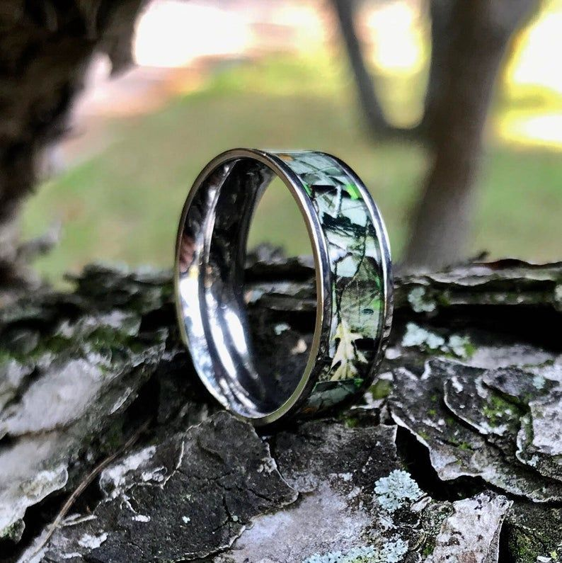 4 piece his and her camo wedding ring set stainless steel