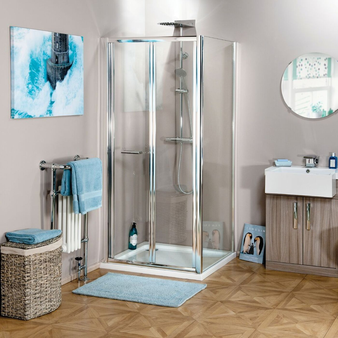 Cali Seis Bi Fold Shower Door Bfd76 760mm Chrome Clear Bifold Shower Door Shower Doors Heating And Plumbing