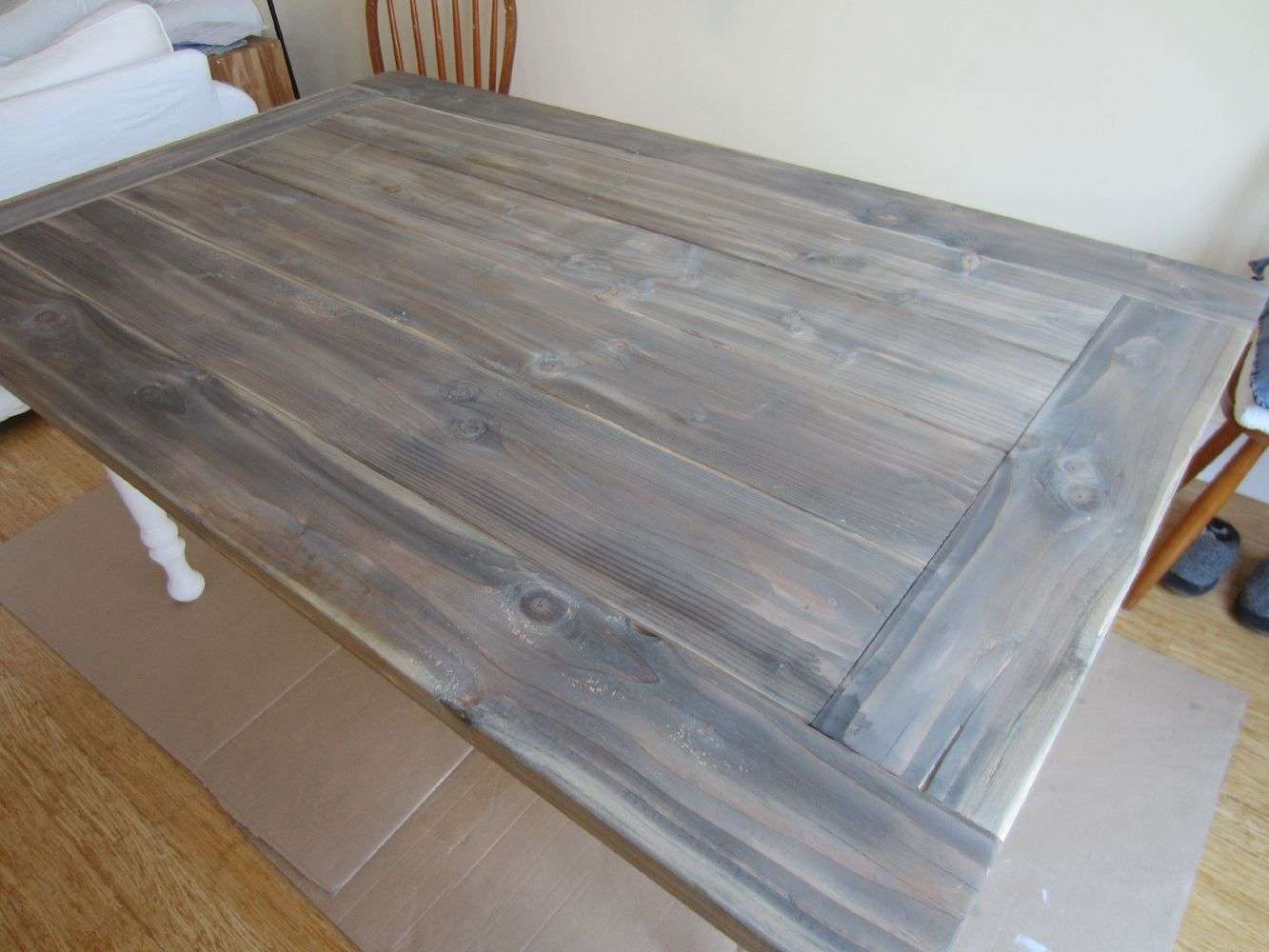 Diy instructions on how to build a farm table for the for Instructions on how to build a table