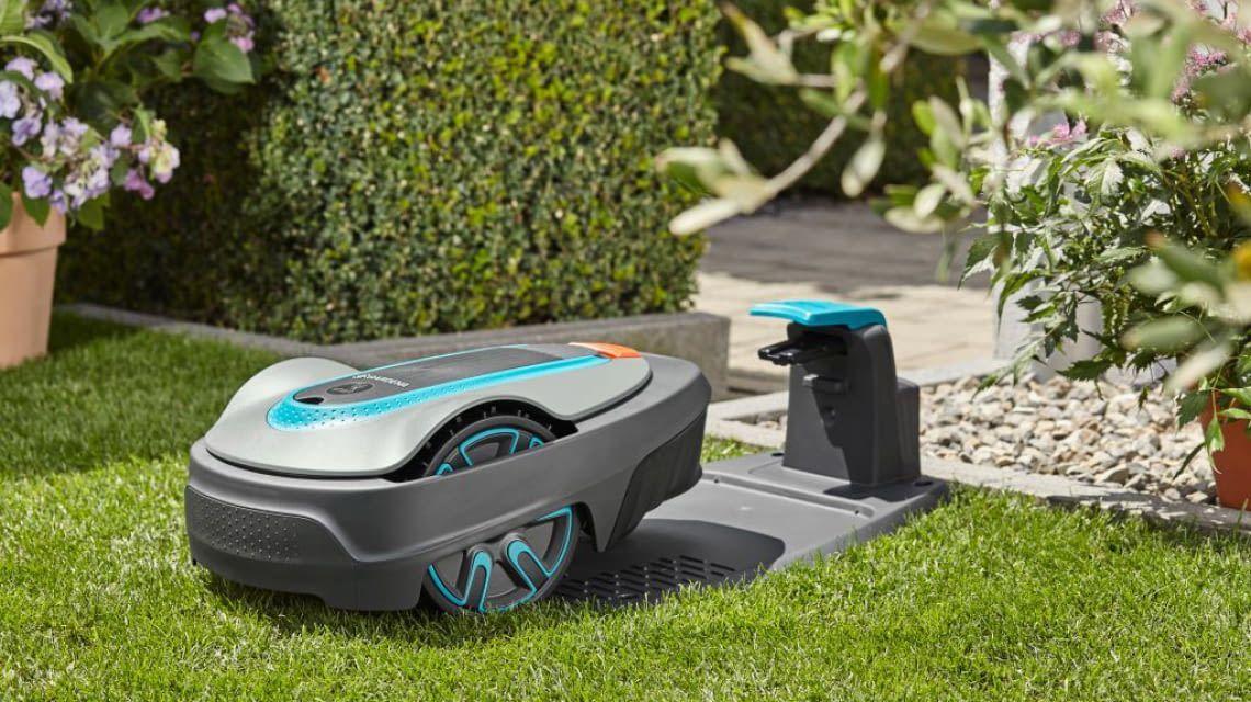 Gardena Sileno City Test Check Mahroboter Mit Smart Option In 2020 Rasenroboter Rasenmaher Roboter Roboter