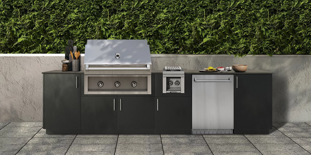 With The Added Side Burner And Heston Mini Fridge Included In The Bay Outdoor Kitchen You Can Host Cookouts All In 2020 Outdoor Kitchen Kitchen Styling Modern Outdoor