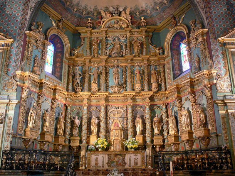 Saint Jean De Luz Interieur De L Eglise Saint Jean Baptiste Retable Monumental En Bois Dore France Voyage Com Saint Jean Baptiste Saint Jean Pays Basque