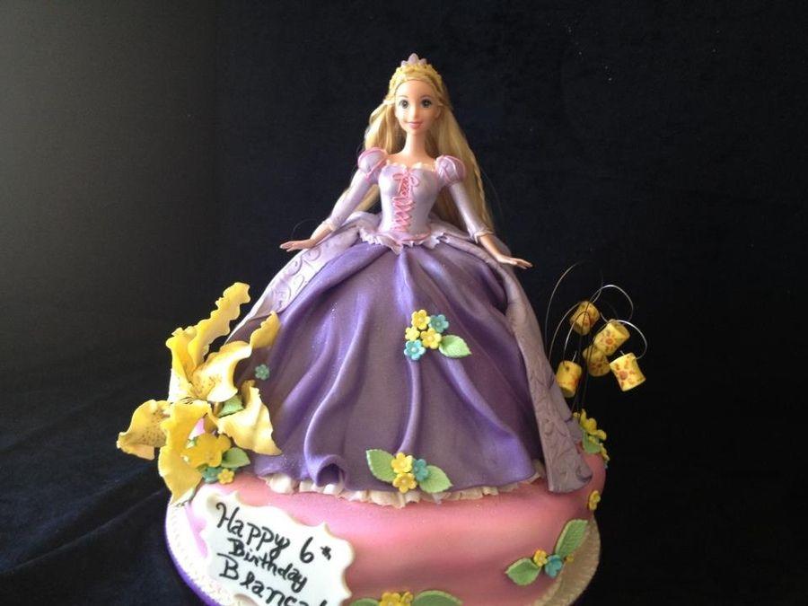 Rapunzel Themed Cake From The Disney Movie Tangled Rapunzel Cake