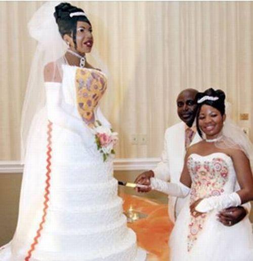 Creepiest Wedding cake ever!