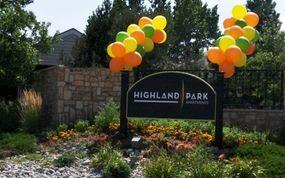 The Village At Woodland Hills Colorado Springs Co Woodland Hills Highland Park Two Bedroom Floor Plan