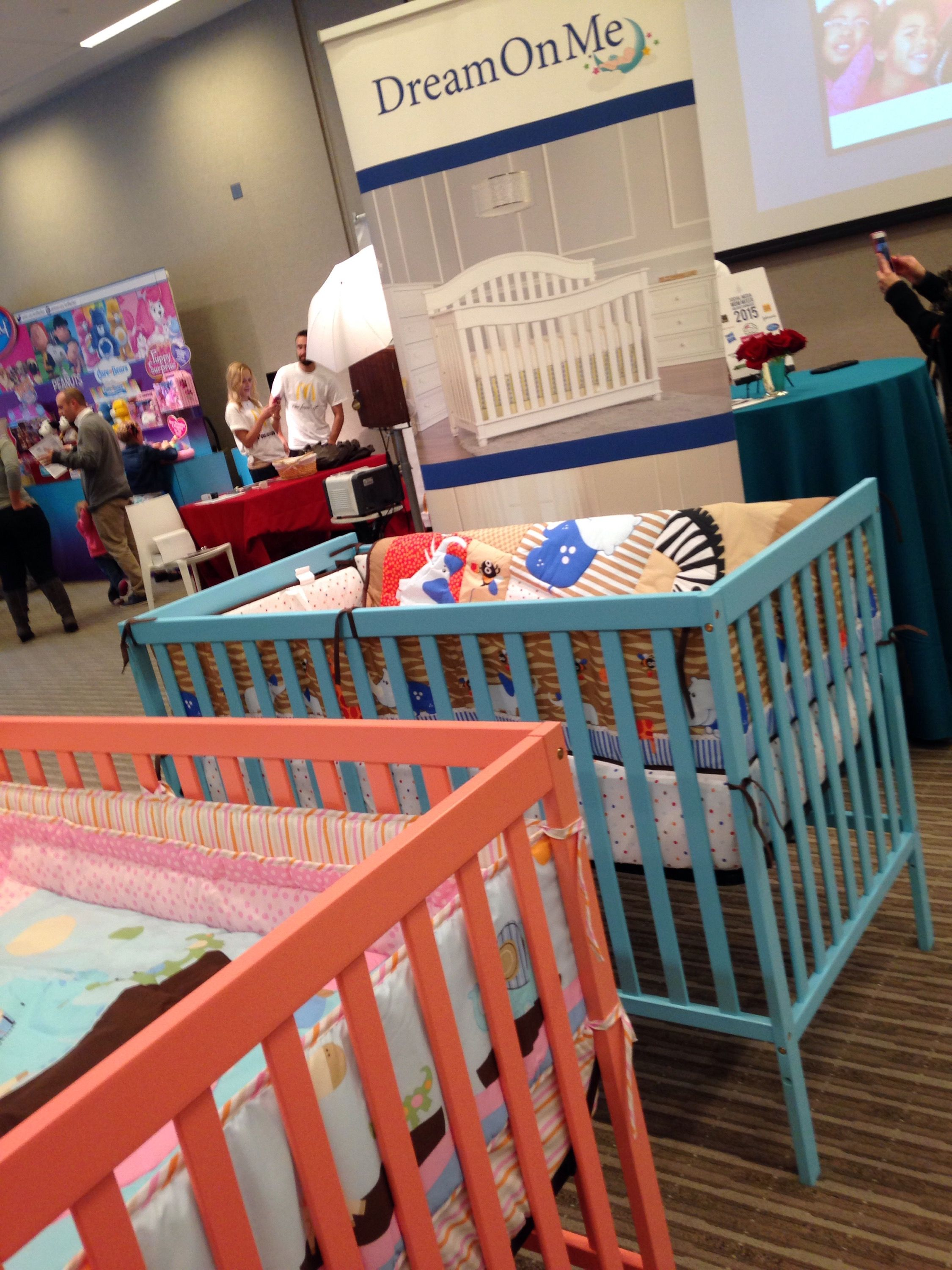 Dream On Me Synergy 5 In 1 Convertible Crib Video Review #MomMixer @