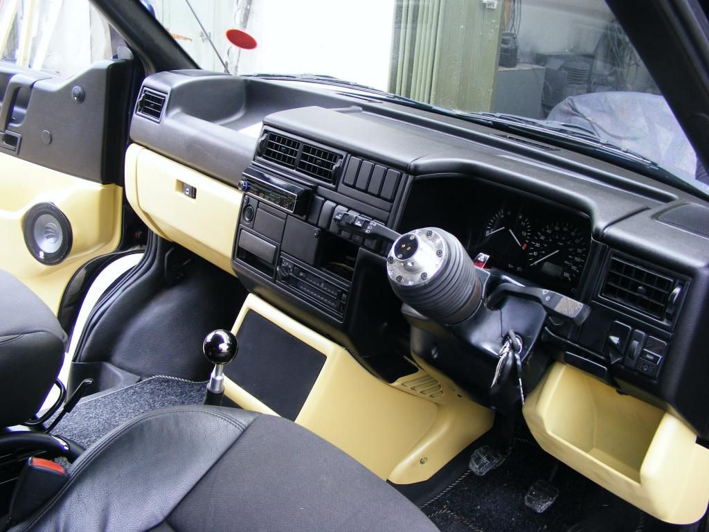 Newly painted dash/door cards and custom sub box - VW T4