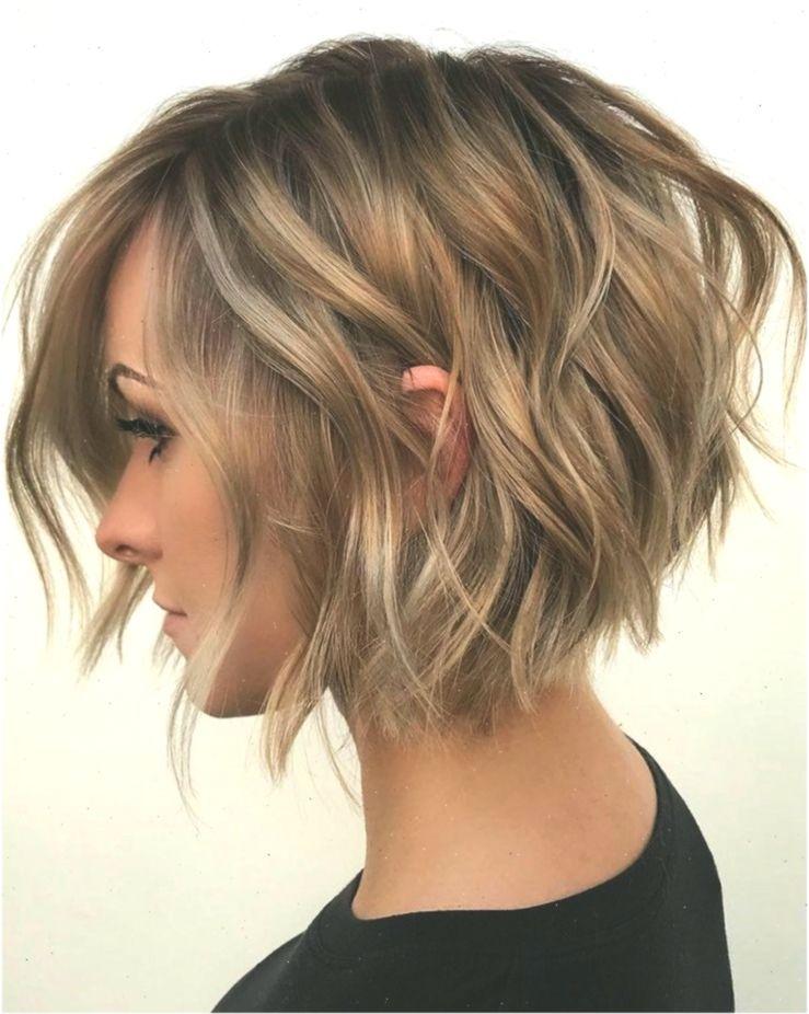 Feines Haar Braucht Einen Raffinierten Schnitt Fur Mehr Volumen Diese Frisur Frisuren Braucht Die Short Hair Color Short Bob Hairstyles Short Hair Haircuts