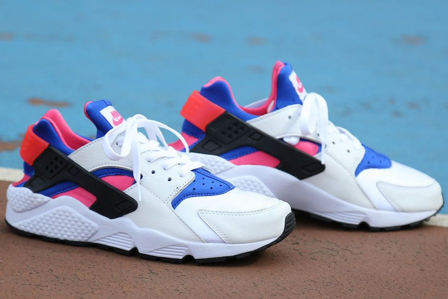 low priced f5507 a14e7 NIKE AIR HUARACHE RUN 91 QS - ROYAL BLUE, GAME PINK & WHITE ...