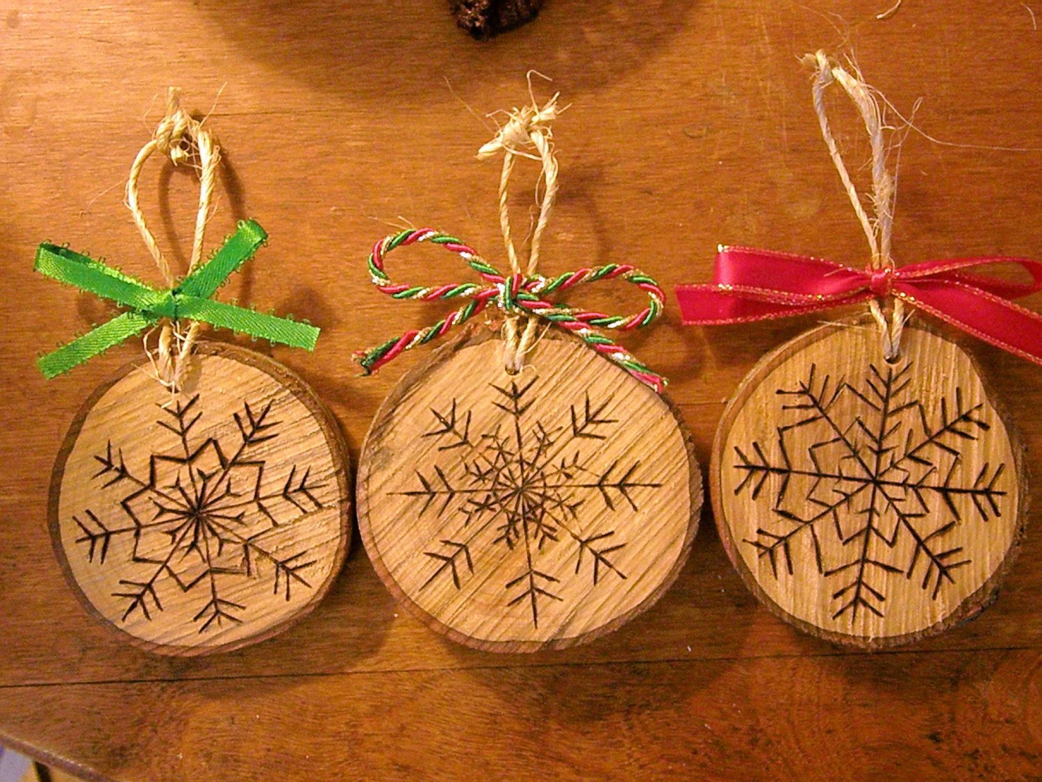 Wood burned snowflake christmas ornaments by for Wood decoration patterns