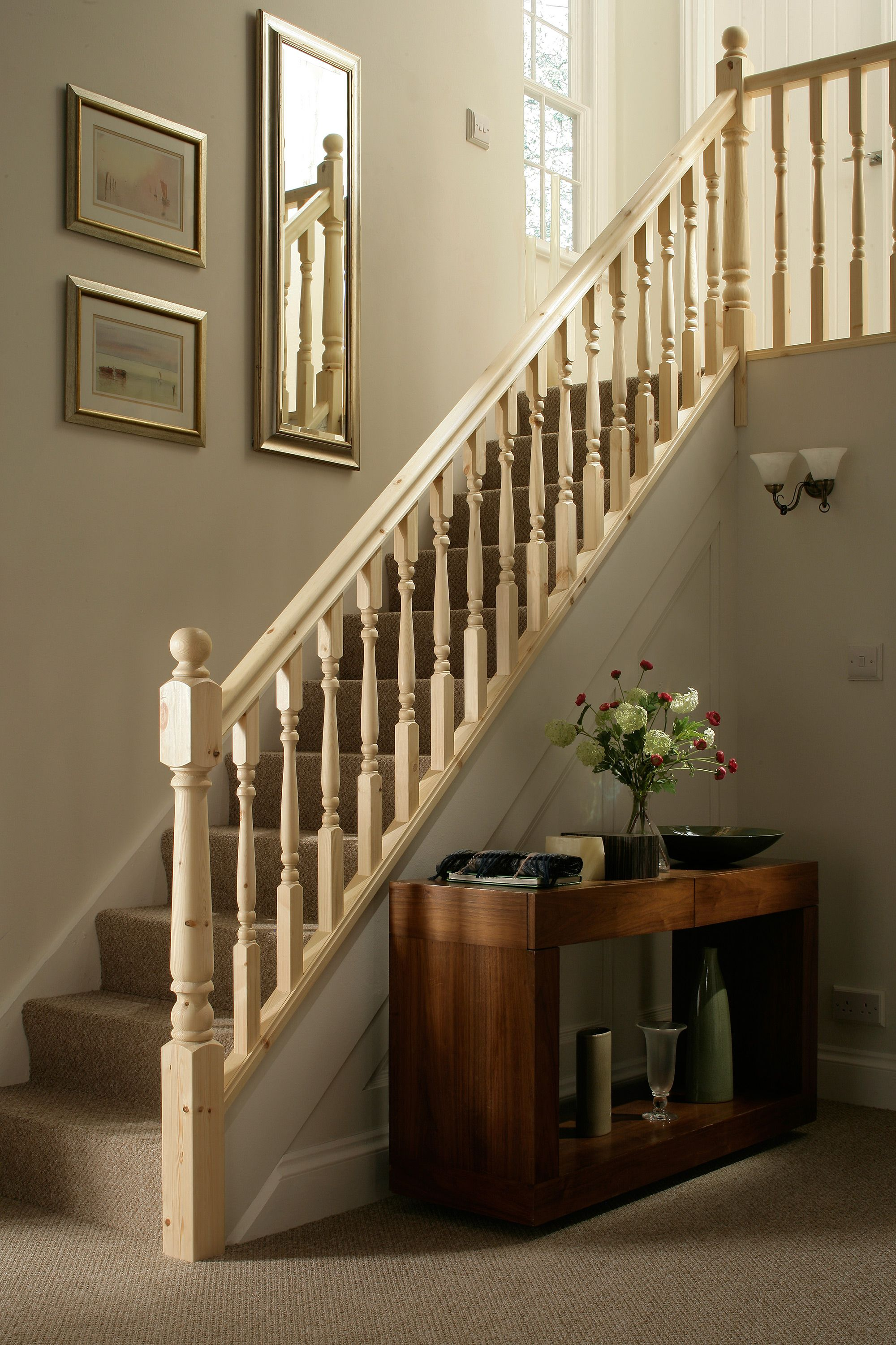 Best Traditional Turned Style Pine Staircase 1 In 2019 400 x 300