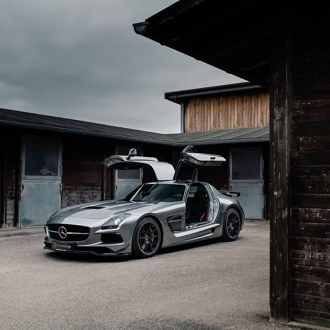 Schaltkulisse Gmbh On Instagram A Naturally Aspirated V8 Coupled To A Striking Design Gullwing Doors An In 2020 Mercedes Benz Sls Amg Mercedes Sls Mercedes Benz Sls