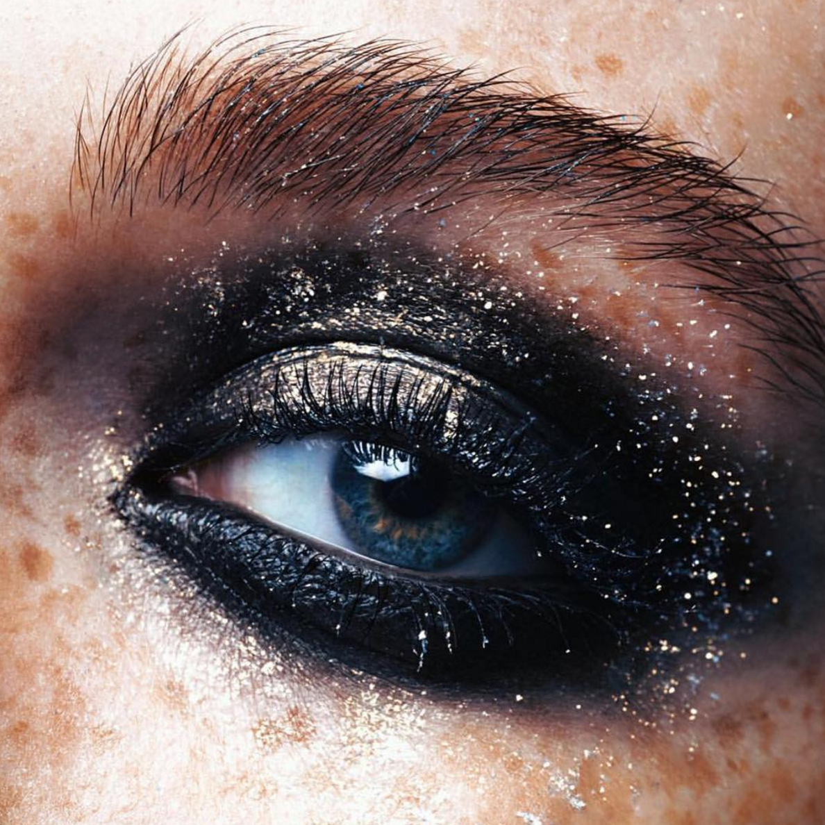 She's known for her rich technique, distinctive in its fluid and sensual application of makeup, a key reason why magazine editors and photographers love to work with her. More: http://blog.furlesscosmetics.com/caroline-torbahn/