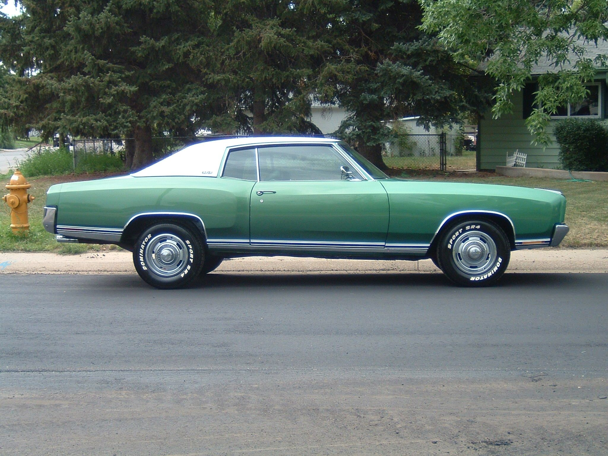 1970 monte carlo this needs to be parked in my drive way