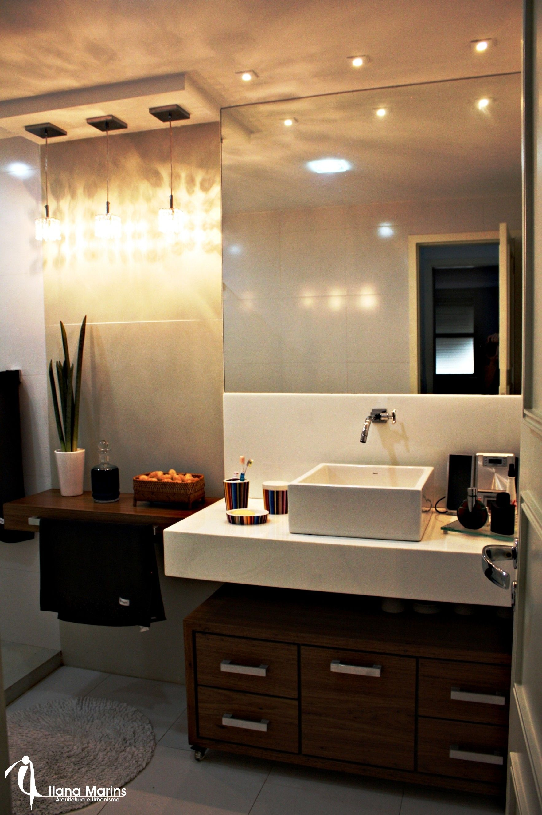 Banheiros e lavabos chiques e aconchegantes  Blog da Michelle Mayrink  Bath -> Armario Banheiro Chique