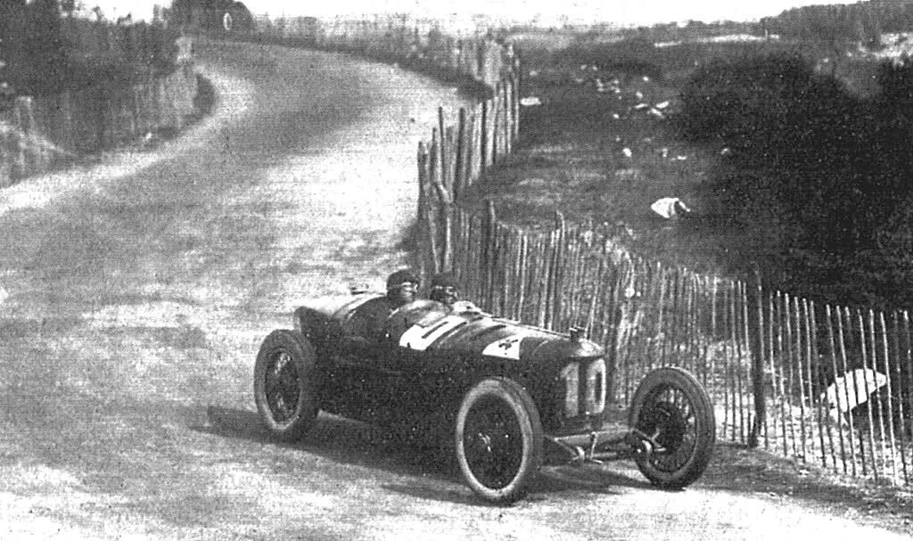 gp france 1924 at lyon giuseppe campari overall first place winner with alfa romeo p2 10. Black Bedroom Furniture Sets. Home Design Ideas