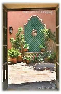 Spanish Courtyard Fountain Mexican Courtyards Amp Patios